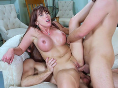 Messiest slut Amber Chase got double penetrated