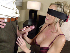 Blindfolded MILF Brandi Love slobbered all over the cock