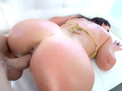 Thick all natural babe Angela White taking raw dong doggystyle