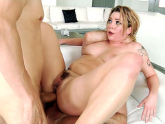 Dahlia Sky gets double penetrated and then double analized