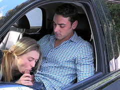 Young girl Natalia Starr blowing cock in the car