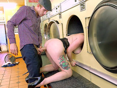 Jasmine James kills time at the laundromat as she fucks a stranger