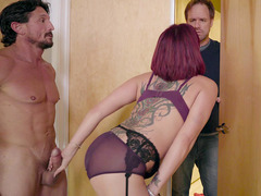 Tory Lane almost got busted by her hubby, getting fucked by Tommy Gunn