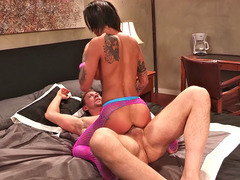 Ravishing hottie Bonnie Rotten slides it in the ass