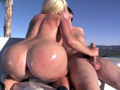 Big ass babe Alexis Ford strocking and sucking his cock outdoor