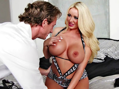 Summer Brielle seduces Ryan and lets him lick her juggs