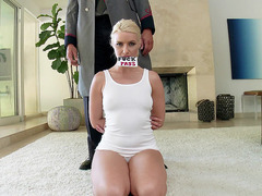 Anikka Albrite let him have his way with her