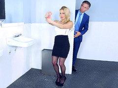 Rachel Roxxx gets caught by her boss, taking sexy selfies in the toilet
