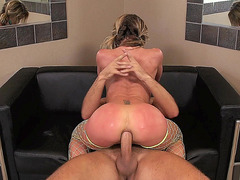 Sheena Shaw gets her ass hole stretched out