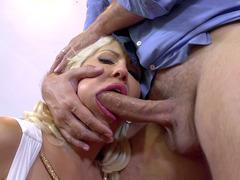 Savana Styles drops to her knees to deepthroat his fat dick