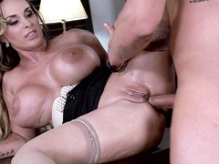 Big boobed MILF Holly Halston taking it in that tight ass