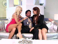 Gorgeous blonde Courtney Taylor gets kinky with detective Addison Ryder