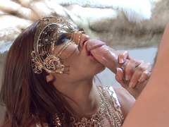 Madison Ivy maintains eyecontact while blowing him