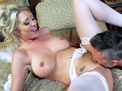 Busty bride Lexi Lowe getting her sweet pussy tongued