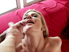Steamy blonde Amanda Tate takes a big and sticky facial