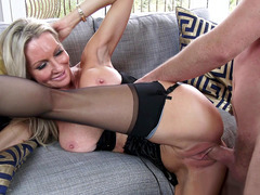 Endearing MILF Emma Starr gets fucked by her son's best friend