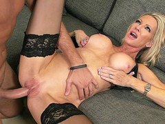Naughty mom Emma Starr allows him fuck her juicy cunt