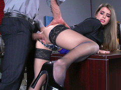 Young secretary Bunny Freedom gets pussy fucked by her boss